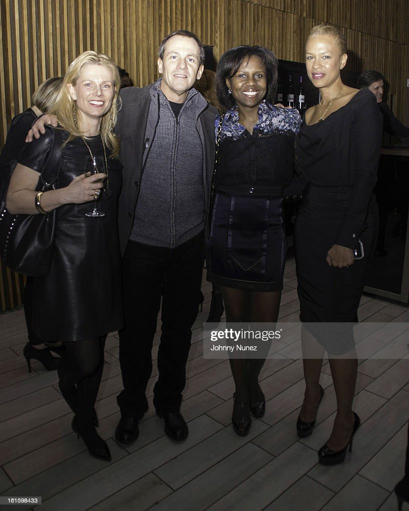 Jennifer Bergstrom, James Hester, <a gi-track='captionPersonalityLinkClicked' href=/galleries/search?phrase=Deborah+Roberts&family=editorial&specificpeople=214075 ng-click='$event.stopPropagation()'>Deborah Roberts</a>, and <a gi-track='captionPersonalityLinkClicked' href=/galleries/search?phrase=Tonya+Lewis+Lee&family=editorial&specificpeople=591625 ng-click='$event.stopPropagation()'>Tonya Lewis Lee</a> attend the '1 Pound A Day: Martha's Vineyard Diet Detox' Pre-Launch Book Party at Trump SoHo on February 11, 2013 in New York City.