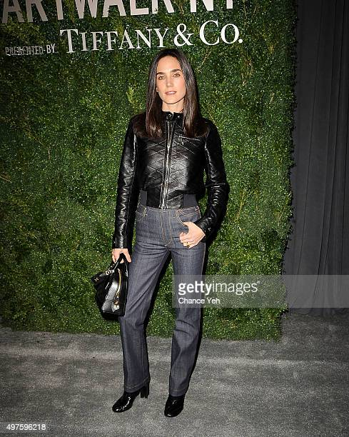 Jennifer Connelly attends Artwalk NY 2015 at Metropolitan Pavilion on November 17 2015 in New York City