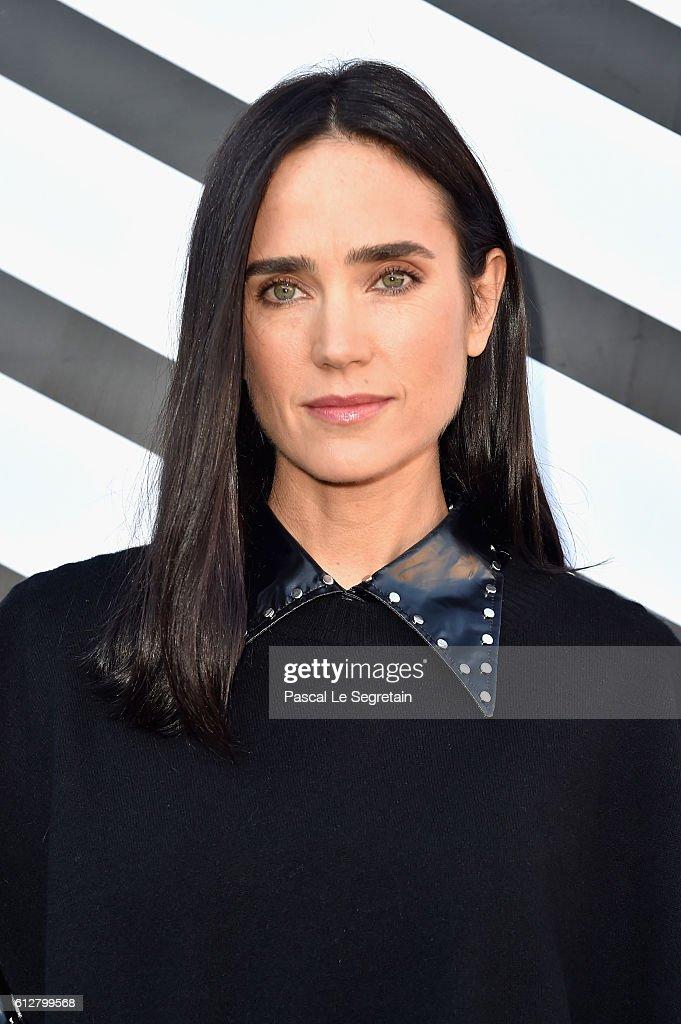 Louis Vuitton : Front Row  - Paris Fashion Week Womenswear Spring/Summer 2017