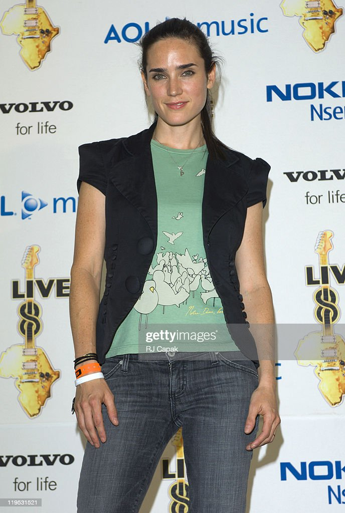 <a gi-track='captionPersonalityLinkClicked' href=/galleries/search?phrase=Jennifer+Connelly&family=editorial&specificpeople=201581 ng-click='$event.stopPropagation()'>Jennifer Connelly</a> during LIVE 8 - Philadelphia - Press Room at Philadelphia Museum of Art in Philadelphia, Pennsylvania, United States.