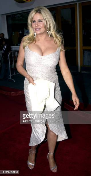 Jennifer Coolidge during 'American Wedding' Premiere in Universal City California United States