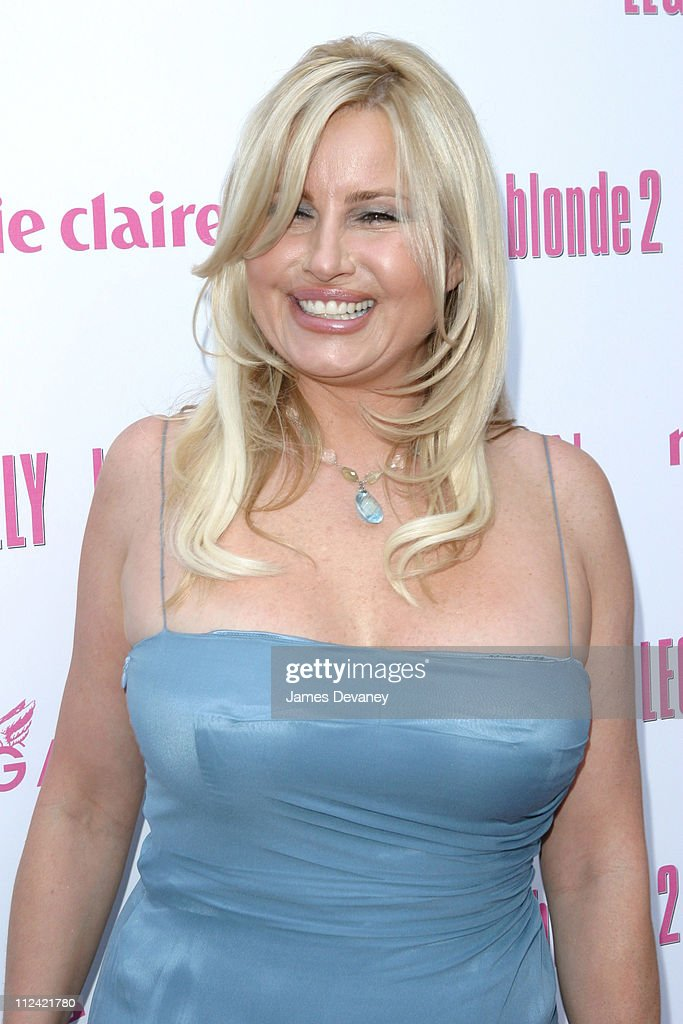 <a gi-track='captionPersonalityLinkClicked' href=/galleries/search?phrase=Jennifer+Coolidge&family=editorial&specificpeople=239149 ng-click='$event.stopPropagation()'>Jennifer Coolidge</a> during Legally Blonde 2 Red, White & Blonde - Special Screening in Southampton, New York at United Artists Southampton Theatre in Southampton, New York, United States.
