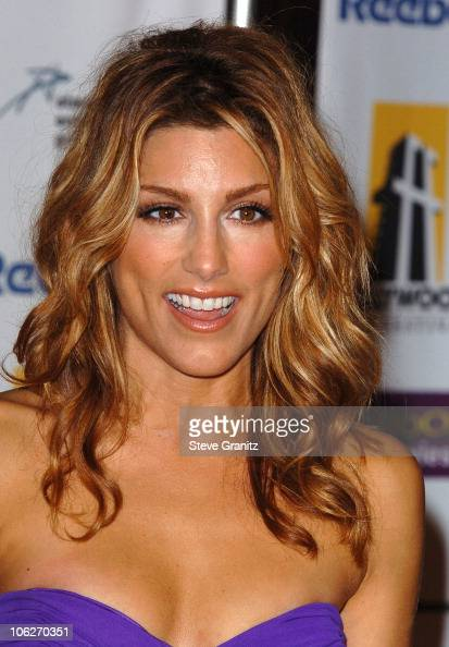 Jennifer Esposito Pictures 68