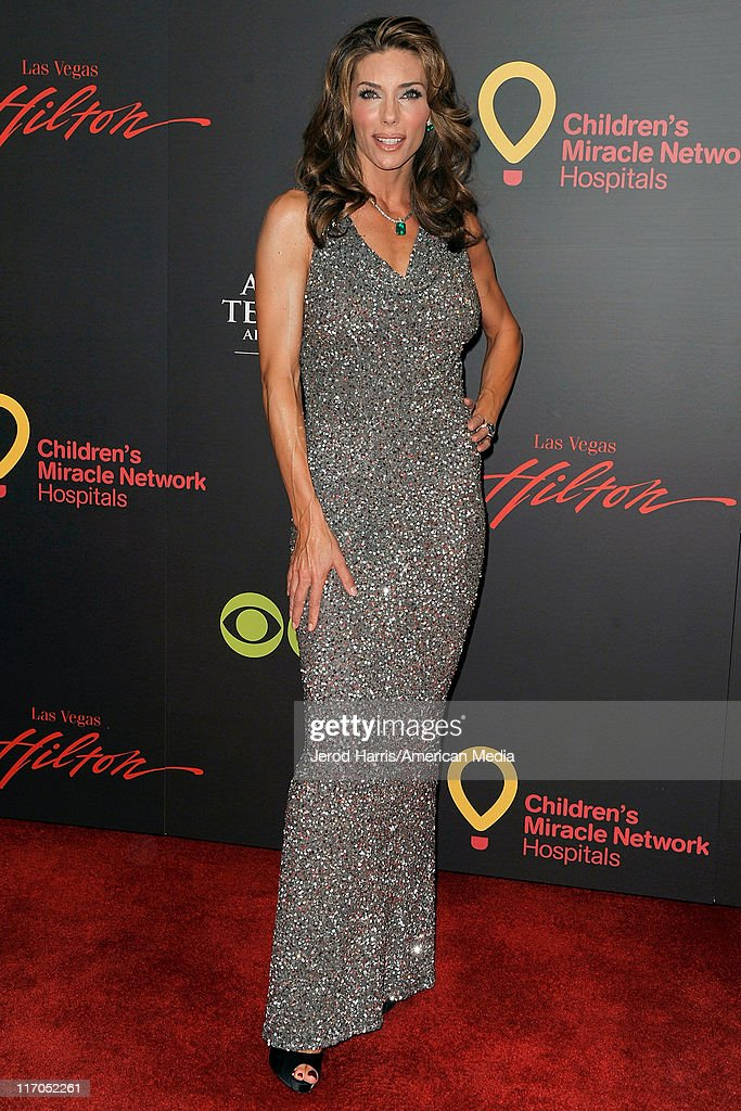 Jennifer Flavin Stallone arrives at 38th Annual Daytime Entertainment Emmy Awards For Soap Opera Weekly on June 19, 2011 in Las Vegas, Nevada.
