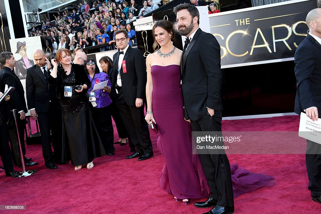 Jennifer Garner and Ben Affleck arrive at the 85th Annual Academy Awards at Hollywood & Highland Center on February 24, 2013 in Hollywood, California.