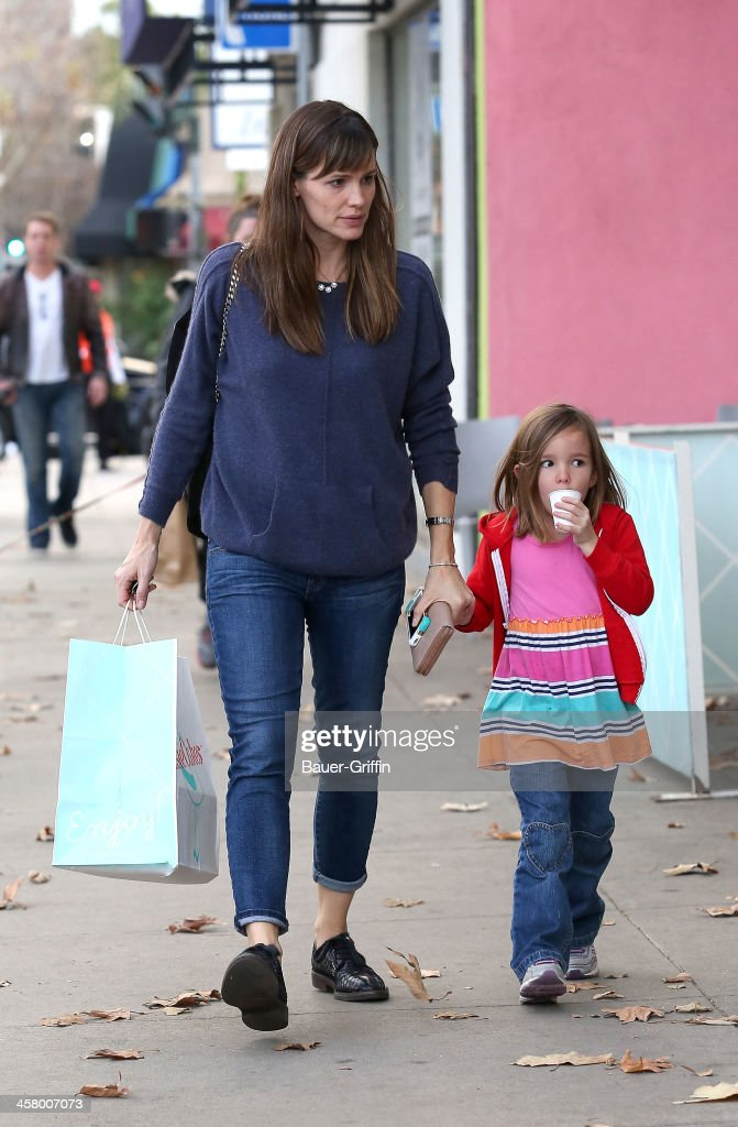 <a gi-track='captionPersonalityLinkClicked' href=/galleries/search?phrase=Jennifer+Garner&family=editorial&specificpeople=201813 ng-click='$event.stopPropagation()'>Jennifer Garner</a> and her daughter, <a gi-track='captionPersonalityLinkClicked' href=/galleries/search?phrase=Seraphina+Affleck&family=editorial&specificpeople=5746669 ng-click='$event.stopPropagation()'>Seraphina Affleck</a> are seen on December 19, 2013 in Los Angeles, California.