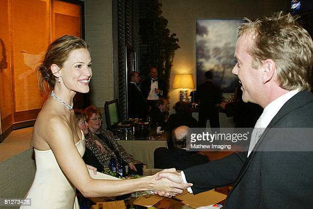 Jennifer Garner and Kiefer Sutherland *Exclusive*