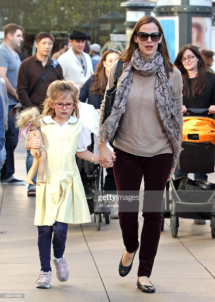<a gi-track='captionPersonalityLinkClicked' href=/galleries/search?phrase=Jennifer+Garner&family=editorial&specificpeople=201813 ng-click='$event.stopPropagation()'>Jennifer Garner</a> and <a gi-track='captionPersonalityLinkClicked' href=/galleries/search?phrase=Violet+Affleck&family=editorial&specificpeople=4542495 ng-click='$event.stopPropagation()'>Violet Affleck</a> are seen shopping at The Grove on January 8, 2013 in Los Angeles, California.