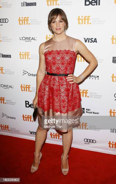 Jennifer Garner arrives at the 'Dallas Buyers Club' premiere during the 2013 Toronto International Film Festival held at Princess of Wales Theatre on...