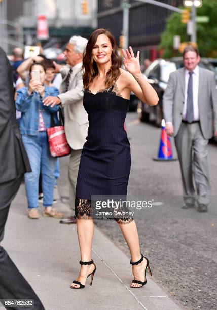 Jennifer Garner arrives to the 'The Late Show With Stephen Colbert' at the Ed Sullivan Theater on May 18 2017 in New York City