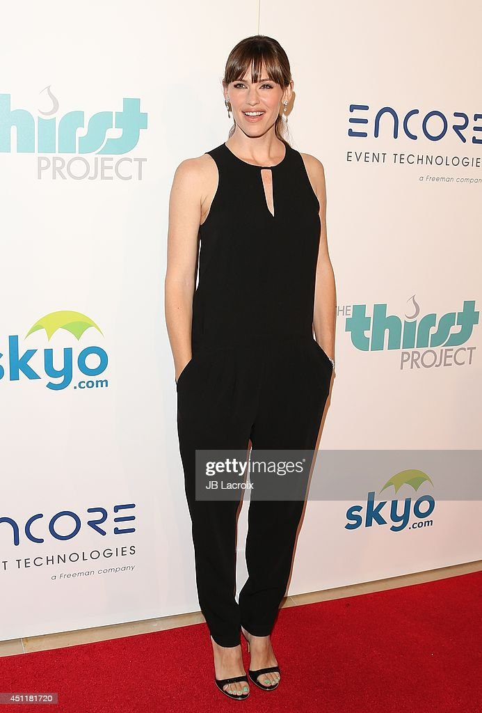 Jennifer Garner attends the 5th Annual Thirst Gala hosted by Jennifer Garner in partnership with Skyo and Relativity's 'Earth To Echo' on June 24, 2014 at the in Los Angeles, California.
