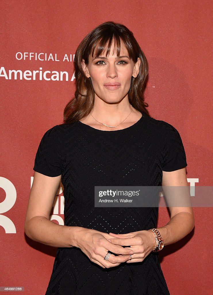 Jennifer Garner attends the Roundabout Theatre Company's 2015 Spring Gala at the Grand Ballroom at The Waldorf=Astoria on March 2, 2015 in New York City.