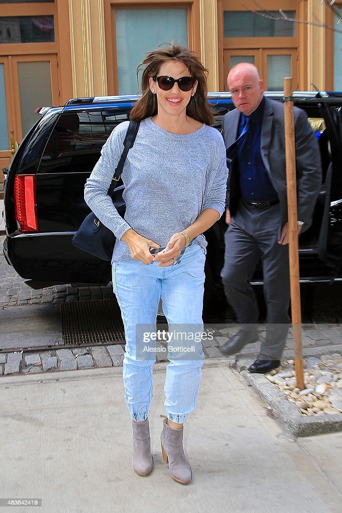 Jennifer Garner is seen arriving at her Downtown hotel on April 9, 2014 in New York City.