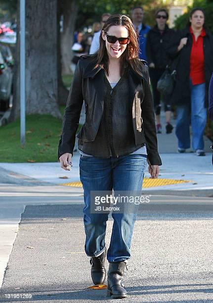 Jennifer Garner is seen in Santa Monica on November 8 2011 in Los Angeles California