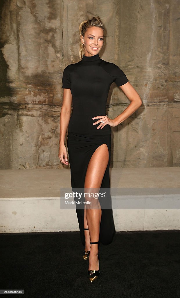 <a gi-track='captionPersonalityLinkClicked' href=/galleries/search?phrase=Jennifer+Hawkins&family=editorial&specificpeople=202875 ng-click='$event.stopPropagation()'>Jennifer Hawkins</a> arrives ahead of the Myer AW16 Fashion Launch on February 11, 2016 in Sydney, Australia.
