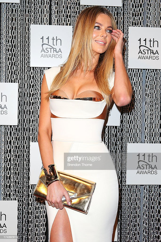 <a gi-track='captionPersonalityLinkClicked' href=/galleries/search?phrase=Jennifer+Hawkins&family=editorial&specificpeople=202875 ng-click='$event.stopPropagation()'>Jennifer Hawkins</a> arrives at the 11th Annual ASTRA Awards at the Sydney Theatre on July 25, 2013 in Sydney, Australia.