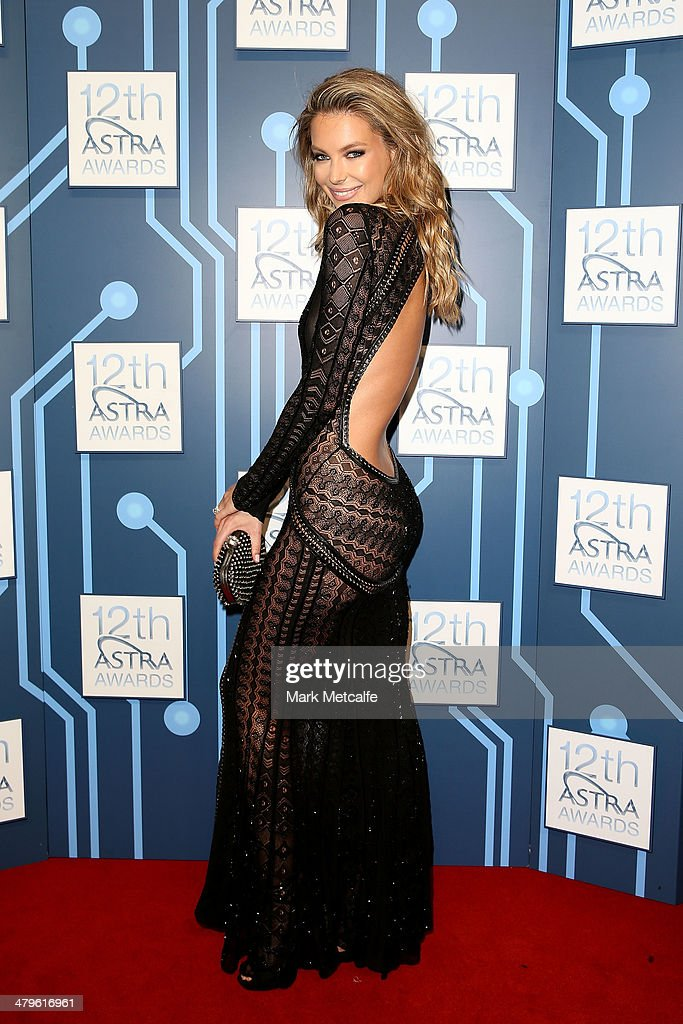 <a gi-track='captionPersonalityLinkClicked' href=/galleries/search?phrase=Jennifer+Hawkins&family=editorial&specificpeople=202875 ng-click='$event.stopPropagation()'>Jennifer Hawkins</a> arrives at the 12th ASTRA Awards at Carriageworks on March 20, 2014 in Sydney, Australia.