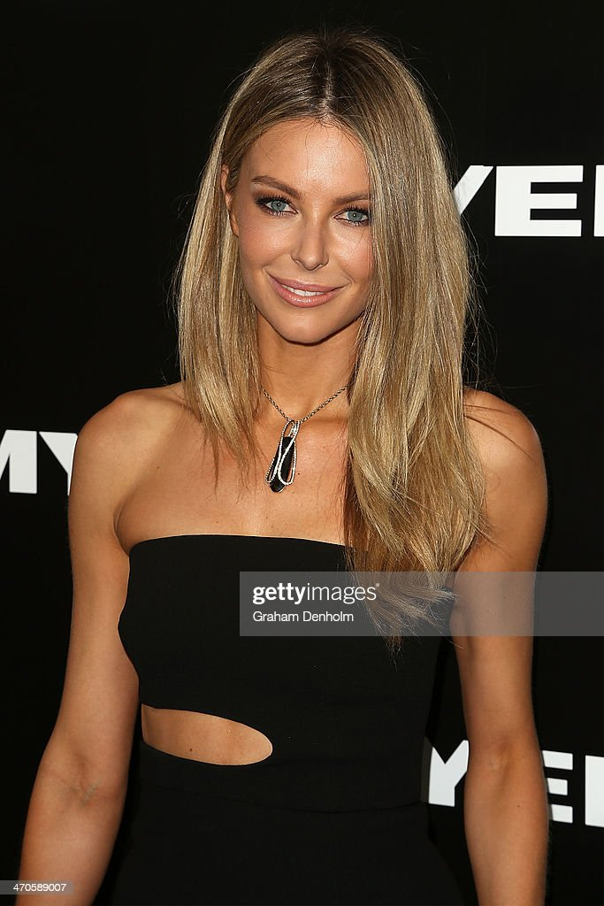 Jennifer Hawkins arrives at the Myer Autumn Winter 2014 Fashion Launch at Myer Mural Hall on February 20, 2014 in Melbourne, Australia.