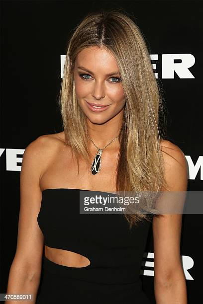 Jennifer Hawkins arrives at the Myer Autumn Winter 2014 Fashion Launch at Myer Mural Hall on February 20 2014 in Melbourne Australia