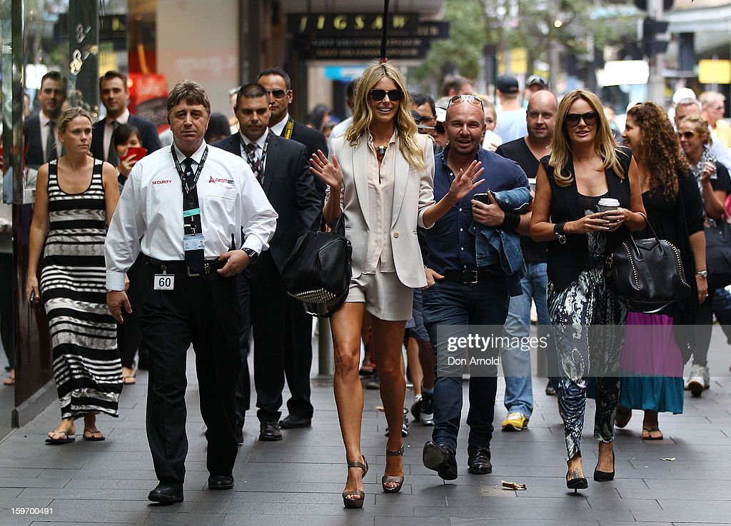 <a gi-track='captionPersonalityLinkClicked' href=/galleries/search?phrase=Jennifer+Hawkins&family=editorial&specificpeople=202875 ng-click='$event.stopPropagation()'>Jennifer Hawkins</a> arrives at the Sydney audition for Season 8 of Australia's Next Top Model on January 19, 2013 in Sydney, Australia.
