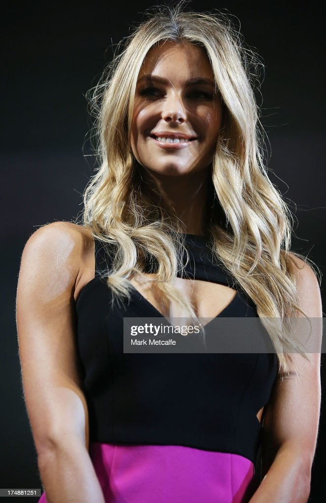 <a gi-track='captionPersonalityLinkClicked' href=/galleries/search?phrase=Jennifer+Hawkins&family=editorial&specificpeople=202875 ng-click='$event.stopPropagation()'>Jennifer Hawkins</a> poses at a Range Rover Sport launch event at the Overseas Passenger Terminal on July 29, 2013 in Sydney, Australia.