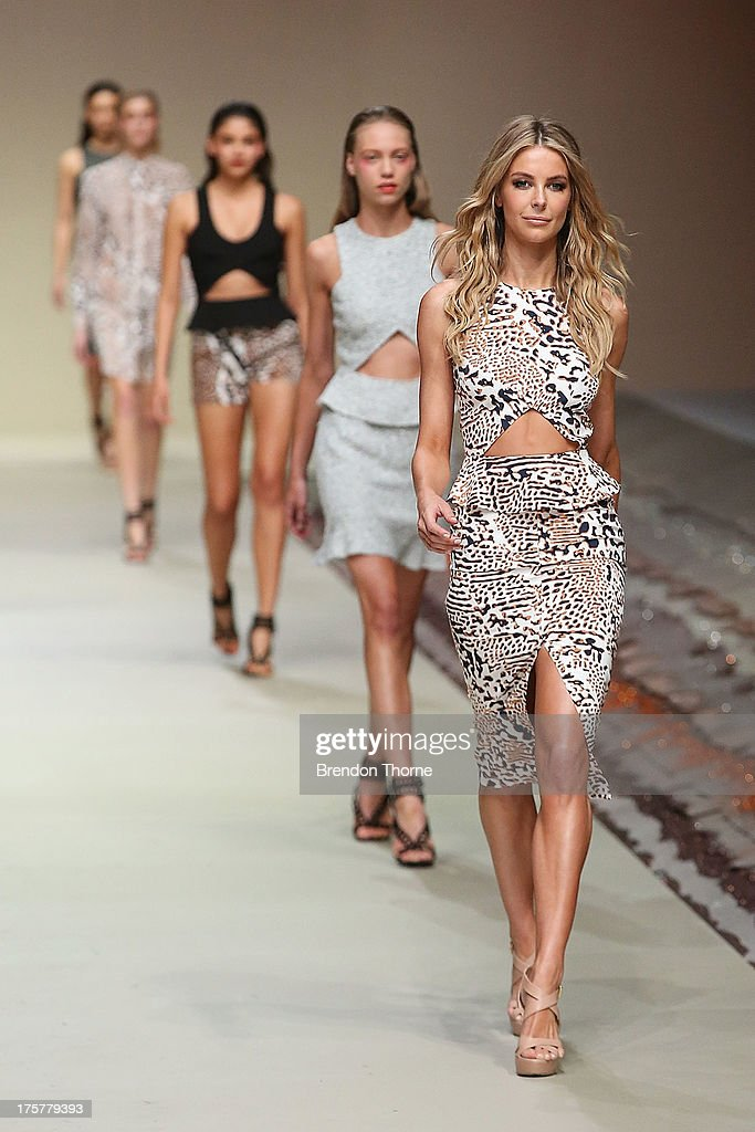 <a gi-track='captionPersonalityLinkClicked' href=/galleries/search?phrase=Jennifer+Hawkins&family=editorial&specificpeople=202875 ng-click='$event.stopPropagation()'>Jennifer Hawkins</a> showcases designs by YB J'aime at the Myer Spring/Summer 2014 Collections Launch at Fox Studios on August 8, 2013 in Sydney, Australia.