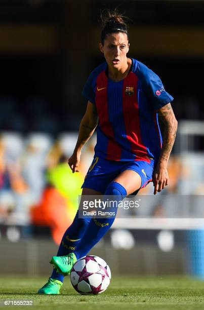 Jennifer Hermoso of FC Barcelona runs with the ball during the UEFA Women's Champions League first leg semifinal match between FC Barcelona and Paris...