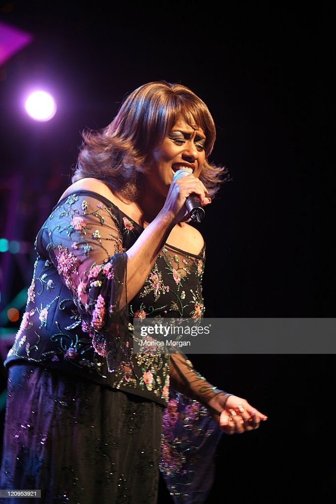 Jennifer Holiday performs at the 21st National Black Engineer of The Year Awards