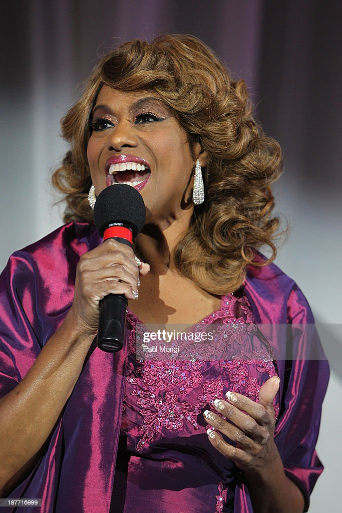 <a gi-track='captionPersonalityLinkClicked' href=/galleries/search?phrase=Jennifer+Holliday&family=editorial&specificpeople=572470 ng-click='$event.stopPropagation()'>Jennifer Holliday</a> performs at the Thurgood Marshall College Fund 25th Awards Gala on November 11, 2013 in Washington City.