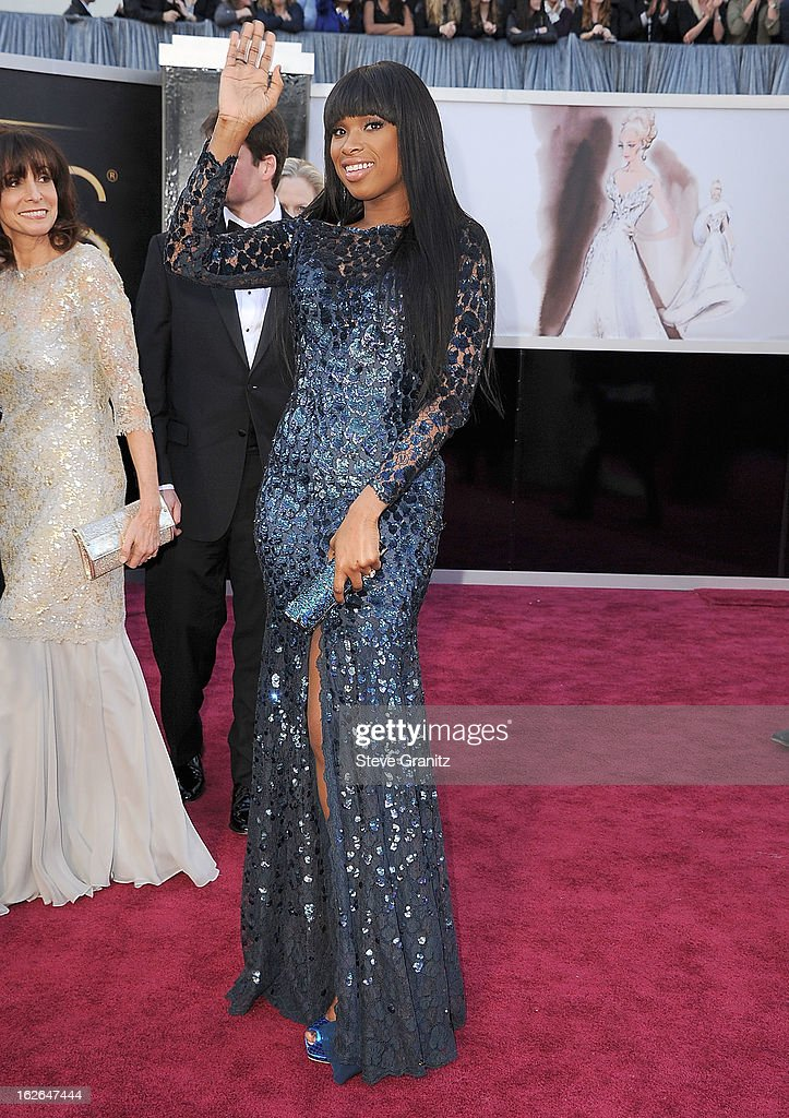 Jennifer Hudson arrives at the 85th Annual Academy Awards at Dolby Theatre on February 24, 2013 in Hollywood, California.