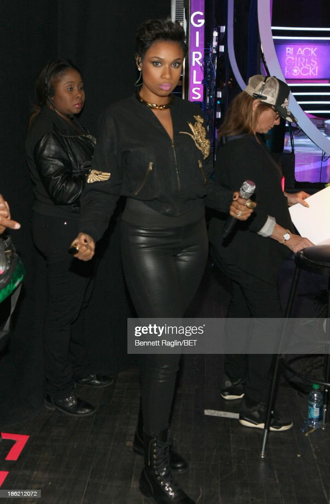 <a gi-track='captionPersonalityLinkClicked' href=/galleries/search?phrase=Jennifer+Hudson&family=editorial&specificpeople=234833 ng-click='$event.stopPropagation()'>Jennifer Hudson</a> attends BET Black Girls Rock Red Carpet at New Jersey Performing Arts Center on October 26, 2013 in Newark, New Jersey.