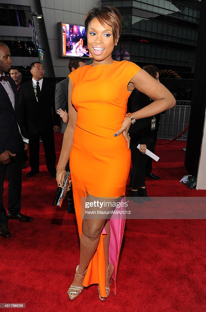 <a gi-track='captionPersonalityLinkClicked' href=/galleries/search?phrase=Jennifer+Hudson&family=editorial&specificpeople=234833 ng-click='$event.stopPropagation()'>Jennifer Hudson</a> attends the 2013 American Music Awards at Nokia Theatre L.A. Live on November 24, 2013 in Los Angeles, California.