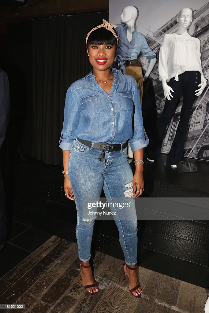 <a gi-track='captionPersonalityLinkClicked' href=/galleries/search?phrase=Jennifer+Hudson&family=editorial&specificpeople=234833 ng-click='$event.stopPropagation()'>Jennifer Hudson</a> attends the #SohoJeansSingOff hosted by New York & Company with <a gi-track='captionPersonalityLinkClicked' href=/galleries/search?phrase=Jennifer+Hudson&family=editorial&specificpeople=234833 ng-click='$event.stopPropagation()'>Jennifer Hudson</a> at Marquee on July 22, 2015 in New York City.