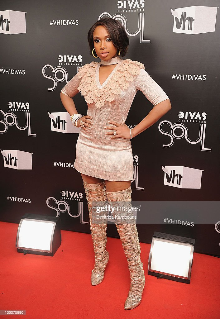 <a gi-track='captionPersonalityLinkClicked' href=/galleries/search?phrase=Jennifer+Hudson&family=editorial&specificpeople=234833 ng-click='$event.stopPropagation()'>Jennifer Hudson</a> attends VH1 Divas Celebrates Soul at Hammerstein Ballroom on December 18, 2011 in New York City.
