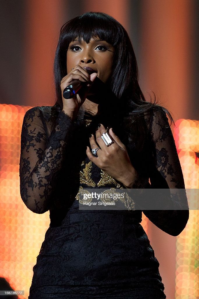 <a gi-track='captionPersonalityLinkClicked' href=/galleries/search?phrase=Jennifer+Hudson&family=editorial&specificpeople=234833 ng-click='$event.stopPropagation()'>Jennifer Hudson</a> performs at the Nobel Peace Prize Concert at Oslo Spektrum on December 11, 2012 in Oslo, Norway.