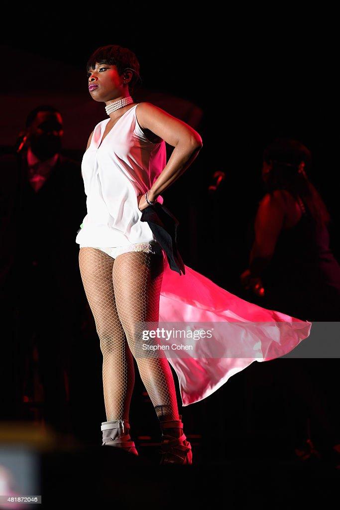 Jennifer Hudson performs during during day 1 of the 2015 Cincinnati Music Festival at Paul Brown Stadium on July 24 2015 in Cincinnati Ohio