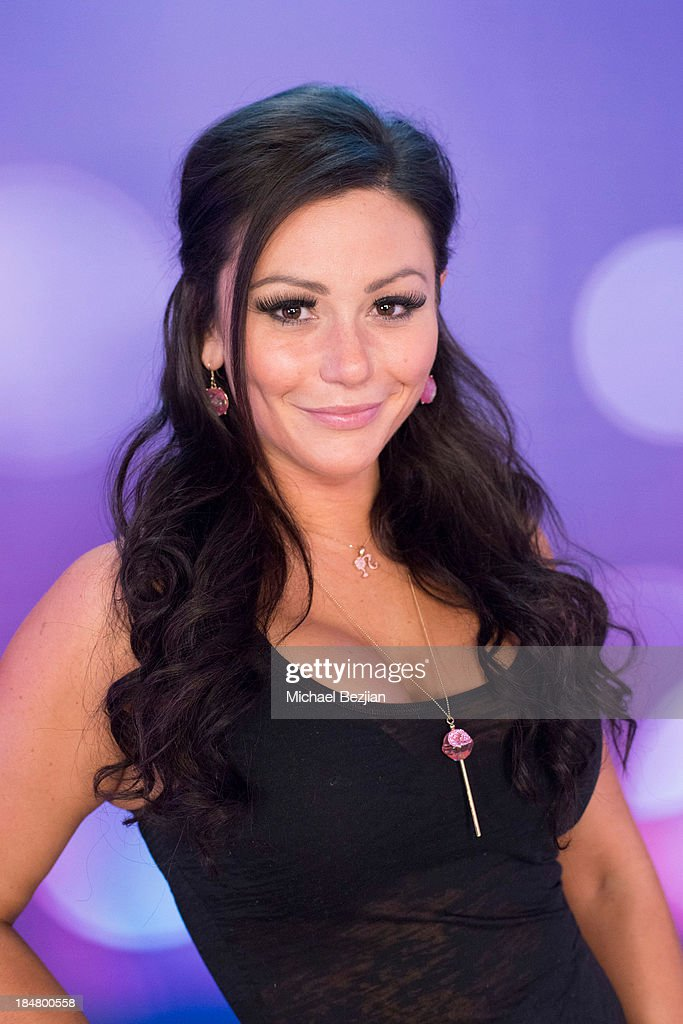 Jennifer 'JWoww' Farley attends Snooki And JWoww Visit Hollyscoop/The Lowdown on October 16, 2013 in Hollywood, California.