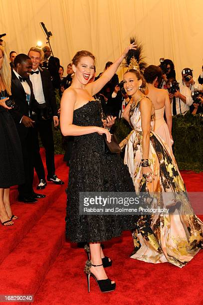Jennifer Lawrence and Sarah Jessica Parker attends the Costume Institute Gala for the 'PUNK Chaos to Couture' exhibition at the Metropolitan Museum...