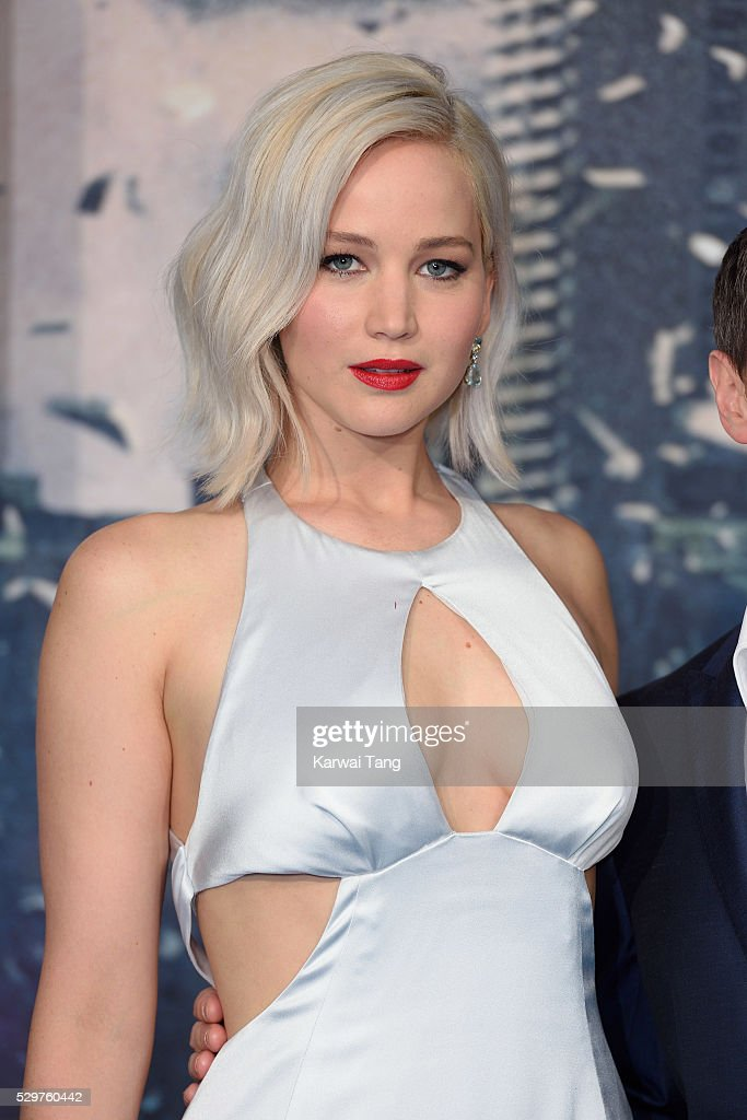 Jennifer Lawrence attends a Global Fan Screening of 'XMen Apocalypse' at BFI IMAX on May 9 2016 in London England