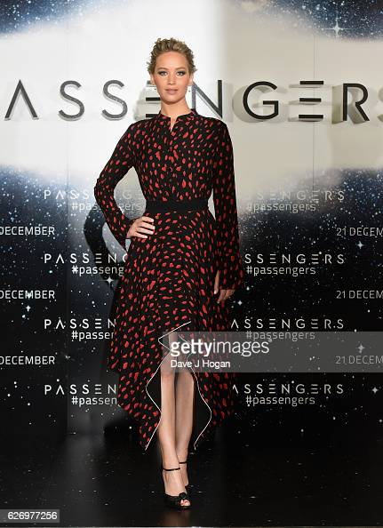 Jennifer Lawrence attends a photocall for her film 'Passengers' at Claridge's Hotel on December 1 2016 in London England