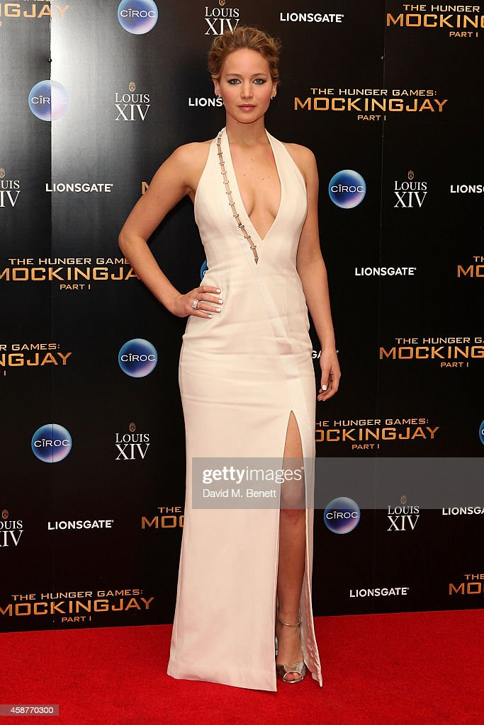 <a gi-track='captionPersonalityLinkClicked' href=/galleries/search?phrase=Jennifer+Lawrence&family=editorial&specificpeople=1596040 ng-click='$event.stopPropagation()'>Jennifer Lawrence</a> attends an after party following the World Premiere of 'The Hunger Games: Mockingjay Part 1' at Victoria House on November 10, 2014 in London, England.