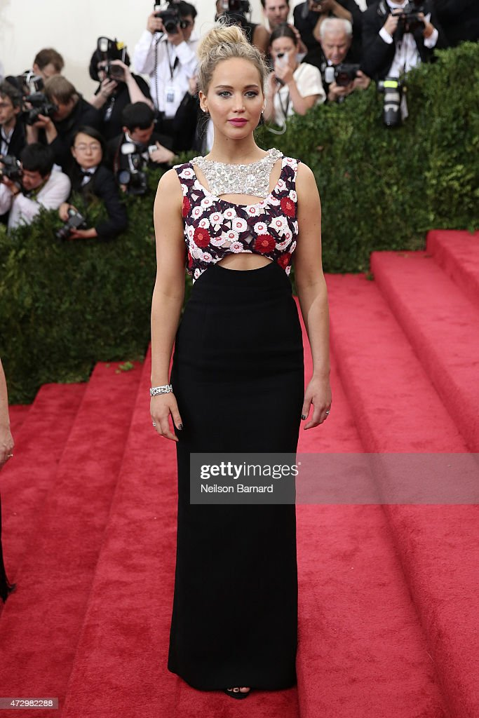 <a gi-track='captionPersonalityLinkClicked' href=/galleries/search?phrase=Jennifer+Lawrence&family=editorial&specificpeople=1596040 ng-click='$event.stopPropagation()'>Jennifer Lawrence</a> attends the 'China: Through The Looking Glass' Costume Institute Benefit Gala at the Metropolitan Museum of Art on May 4, 2015 in New York City.