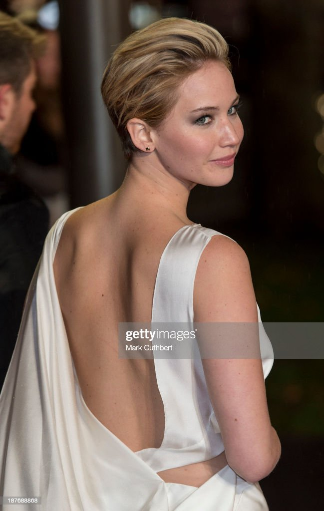 <a gi-track='captionPersonalityLinkClicked' href=/galleries/search?phrase=Jennifer+Lawrence&family=editorial&specificpeople=1596040 ng-click='$event.stopPropagation()'>Jennifer Lawrence</a> attends the UK Premiere of 'The Hunger Games: Catching Fire' at Odeon Leicester Square on November 11, 2013 in London, England.