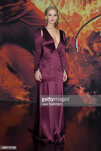 Jennifer Lawrence attends the world premiere of the film 'The Hunger Games Mockingjay Part 2' at CineStar on November 4 2015 in Berlin Germany