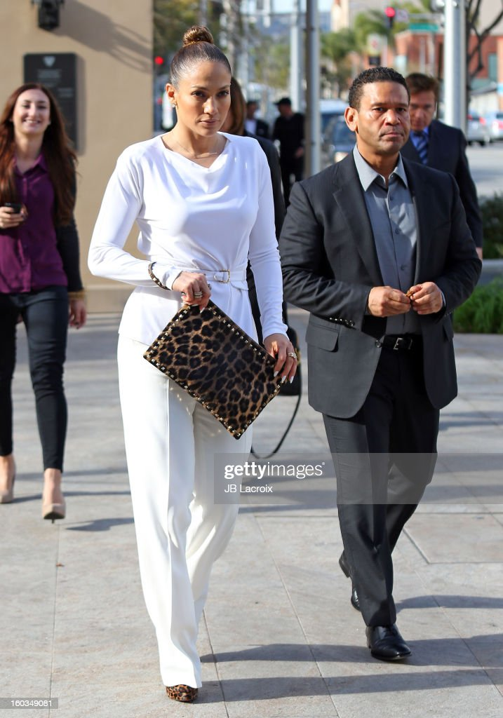 Jennifer Lopez and Benny Medina stop for lunch at Bouchon restaurant on January 29, 2013 in Los Angeles, California.