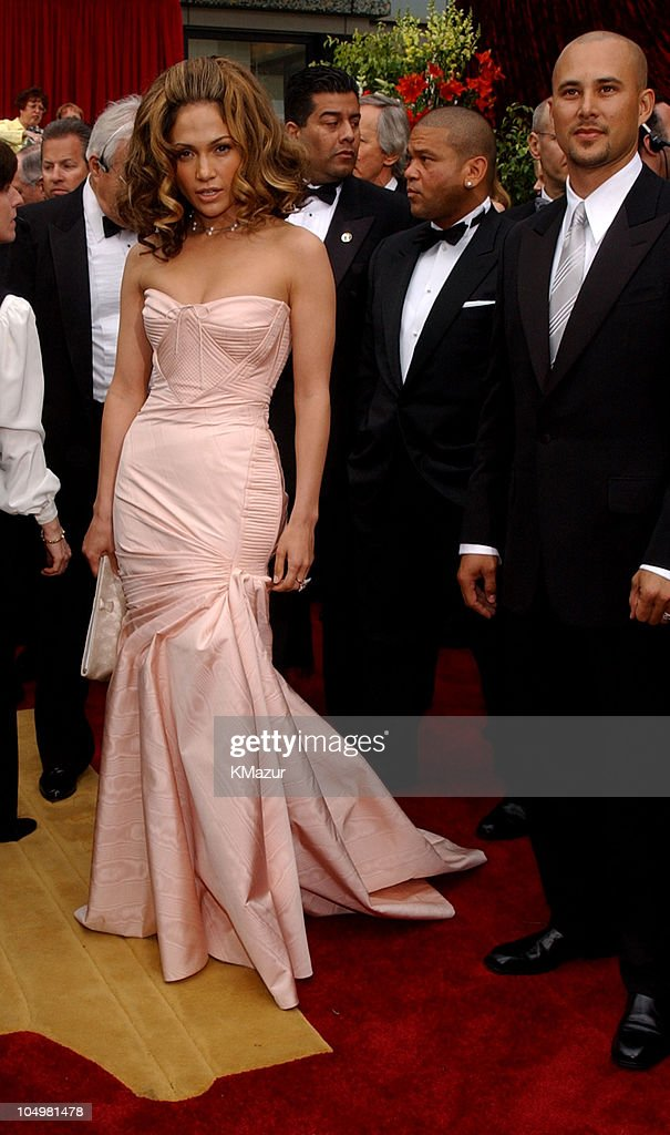 Jennifer Lopez and Cris Judd during The 74th Annual Academy Awards - Arrivals at Kodak Theater in Hollywood, California, United States.