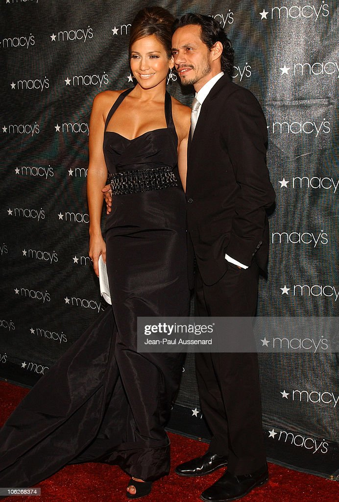 Jennifer Lopez and Marc Anthony during Macy's and American Express Passport Gala 2005 - Arrivals at Barker Hanger in Santa Monica, California, United States.