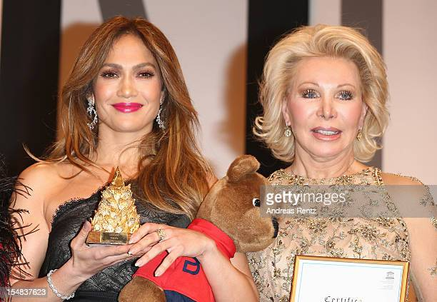 Jennifer Lopez and Ute Ohoven attend the 21st UNESCO Charity Gala 2012 on October 27 2012 in Dusseldorf Germany