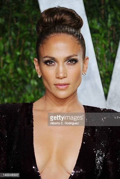 Jennifer Lopez arrives at the 2012 Vanity Fair Oscar Party hosted by Graydon Carter at Sunset Tower on February 26 2012 in West Hollywood California