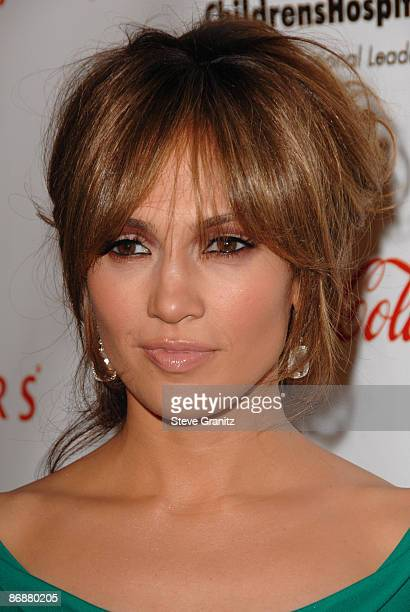 Jennifer Lopez arrives at the 3rd Annual 'Noche de Ninos' Gala at The Beverly Hilton Hotel on May 9 2009 in Beverly Hills California